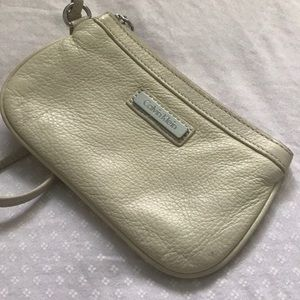 🌟 CALVIN KLEIN Cream Leather Wrislet